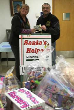 Local 302 Laborers Union contributes a load of toys to Santa's Helpers.